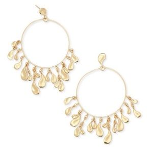 Kendra Scott | Natasha Hoop Earrings in Gold
